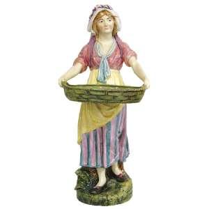 Grande escultura em faiança européia policromada, representando Camponesa com cesta. A imponência da peça está na raridade de seu tamanho. (com restauro). Alt. 95cm.