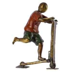 Ivan Cruz<br>Patinete – 27 x 18 x 9 cm <br>Bronze Patinado – Ass. Na Obra<br>